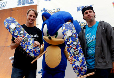 Tony Hawk and Andy MacDonald with Sonic the Hedgehog