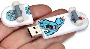 Santa Cruze USB thumb drive for computers